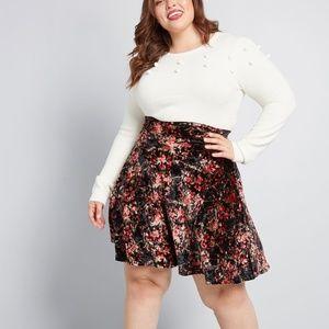 NWOT Modcloth Velvet Floral Skater Skirt RARE